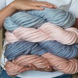 Super bulky yarn MERINO MINI - The Classics Collection - 200g – Miniature 2