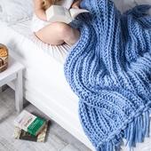WATERFALLS Chunky Knit Blanket – Miniature 1