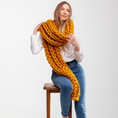 Giant Knitted Scarf – Miniature 3