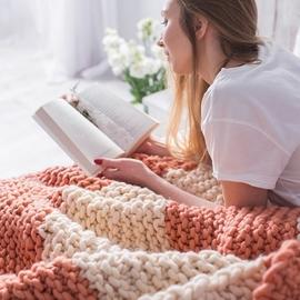 TIRAMISSU Chunky Knit Blanket
