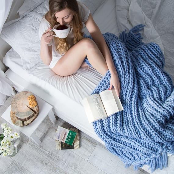 WATERFALLS Chunky Knit Blanket – Photo 5