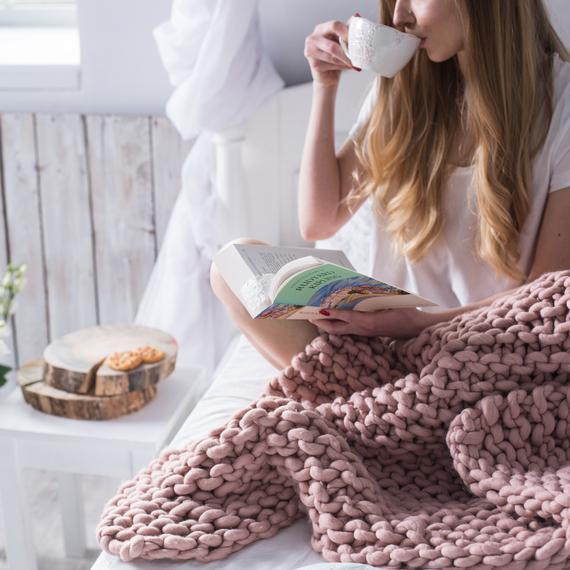 MAXI Knit Throw Blanket – Photo 6