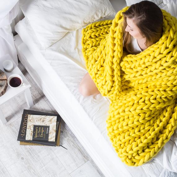 XXL Knit Throw Blanket – Photo 2