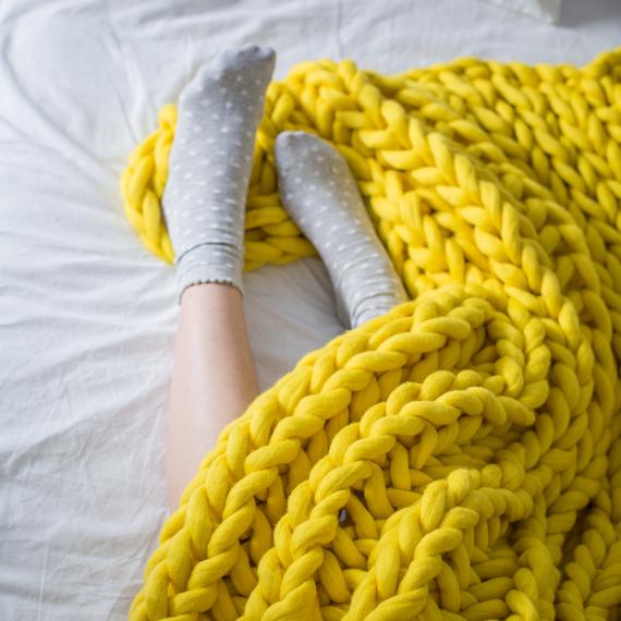 XXL Knit Throw Blanket – Photo 5