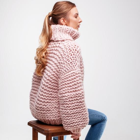 Oversized Turtleneck Sweater – Photo 9