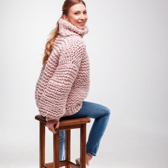 Oversized Turtleneck Sweater – Photo 4