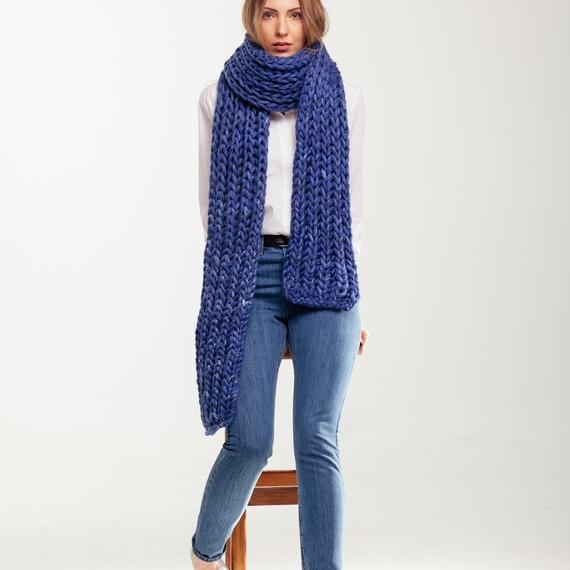 Chunky Knit Scarf – Photo 1