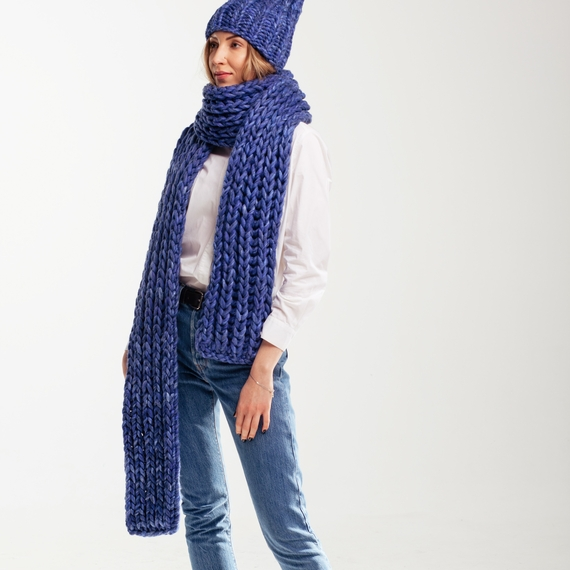 Chunky Knit Scarf – Photo 3