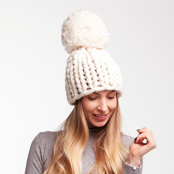 Chunky Pom Pom Knit Beanie – Photo 2