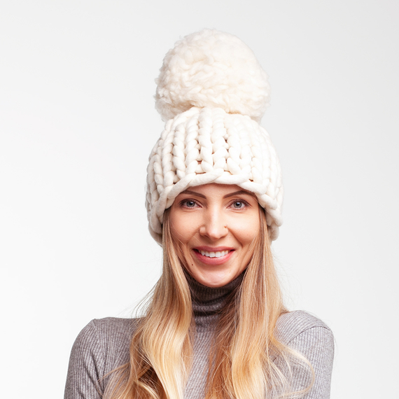 Chunky Pom Pom Knit Beanie – Photo 3
