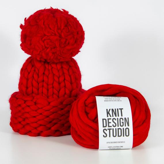 Chunky Knit Hat with XXL Pom Pom – Photo 5