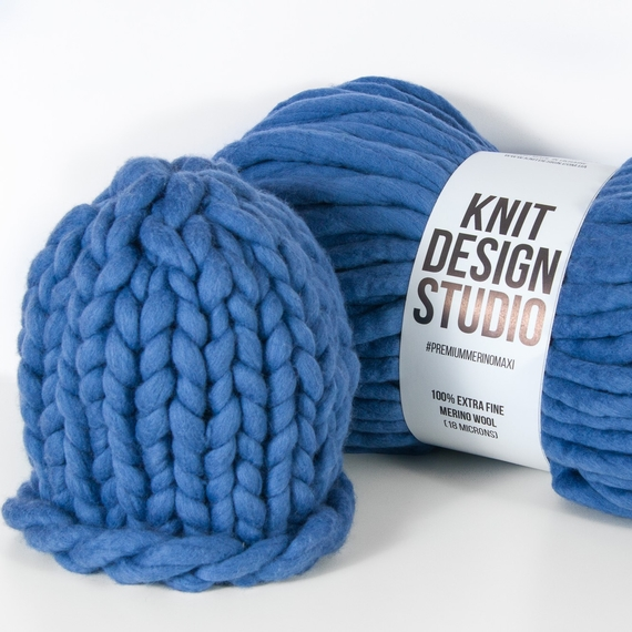 Chunky Hat MAXI - Knitting Kit – Photo 1