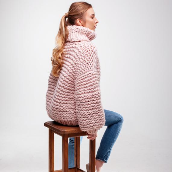 Oversized Turtleneck Sweater – Photo 3