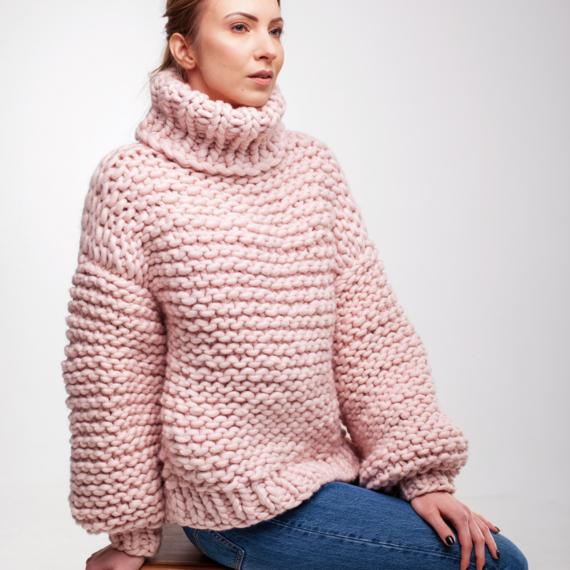 Oversized Turtleneck Sweater – Photo 6