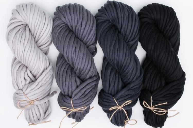 Super bulky yarn MERINO MINI - The Classics Collection - 200g – Photo 12
